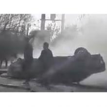 واژگونی و آتش گرفتن یک پژو در آستارا