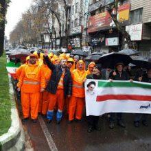 حضور محمدحسن علیپور با لباس پاکبانی در راهپیمایی ۲۲ بهمن